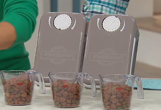 Distributeur automatique croquettes chiens chats PetSafe 5 Meal Pet Feeder