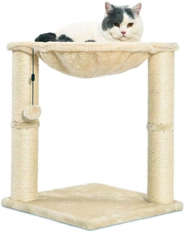 Arbre à chat beige en forme de tour avec abri, lit hamac et griffoir
